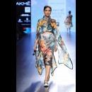 Farah Sanjana at Lakme Fashion Week AW16 - Look 9