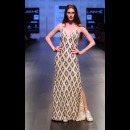 Monisha Jaising at Lakme Fashion Week AW16 - Look 2