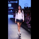 Monisha Jaising at Lakme Fashion Week AW16 - Look 24
