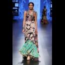 Garo by Priyangsu Maji at Lakme Fashion Week AW16 - Look 11
