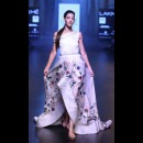 Shriya Som at Lakme Fashion Week AW16 - Look 6