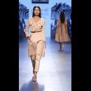 Sneha Arora at Lakme Fashion Week AW16 - Look 16