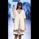 Sneha Arora at Lakme Fashion Week AW16 - Look 5