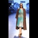 Sneha Arora at Lakme Fashion Week AW16 - Look 9