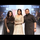 Sonam and Paras Modi at Lakme Fashion Week AW16 - Look 10