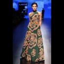 Urvashi Joneja at Lakme Fashion Week AW16 - Look 13