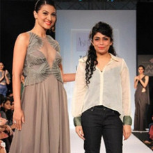 Indian Fashion Designer - Astha Narang