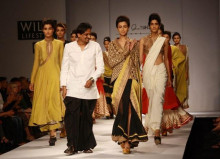 Indian Fashion Designer Anand Kabra on the ramp at Wills Fashion Show