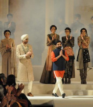 Indian Fashion Designer of Beautiful and Luxurious Bridal Clothing - Sabyasachi Mukherjee