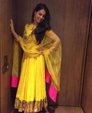 Genelia D'Souza wearing Tisca Saxena for Diwali