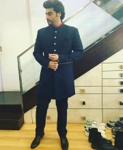 Arjun Kapoor in a Manish Malhotra Bandhgala