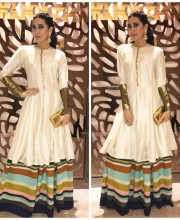 Karisma Kapoor wears a Manish Malhotra Outfit for a Cultural Event