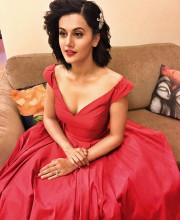 Tapsee Pannu in a gorgeous red coloured outfit by Zara Umrigar for the Lux Golden Rose Awards
