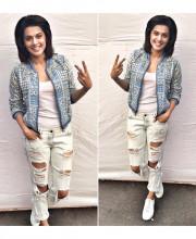 Tapsee Pannu in a Ritu Kumar bomber jacket for Mumbai Marathon