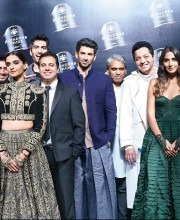 Bollywood Celebs on the Ramp at Blenders Pride Fashion Tour 16