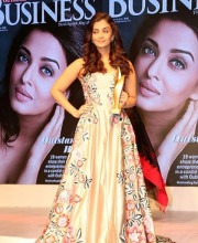 Aishwarya at Outlook Business Outstanding Women Awards 2016