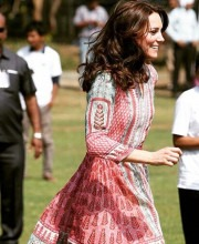 Kate Middleton in the Gulrukh Tunic Dress by Anita Dongre at the Oval Maidan in Mumbai