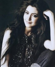 Anushka Sharma wearing Suhani Pittie Jewellery