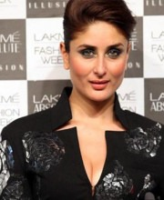 Kareena Kapoor's Love of Dramatic Eye Makeup at Lakme Fashion Show
