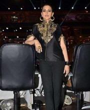 Bollywood Star Sonali Bendre in a Black Cape Top by Siddartha Tytler at the Zee Cine Stars ki Khoj in September 2014