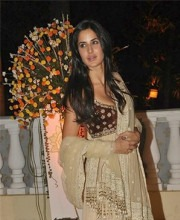 Tarun Tahiliani - Actress Katrina Kaif at Imran Khan's Wedding in a Tarun Tahiliani Designer Creation