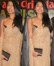 Pernia Qureshi wears a creation by Indian Designer Tarun Tahiliani