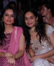 Indian Fashion Designers - Payal Singhal - Padmini & Tejeswini Kolhapure