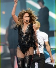 JLO in Indian Designer Falguni & Shane Peacock Outfit at Chime For Change