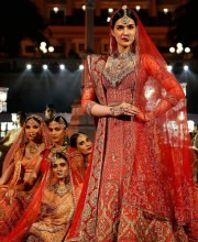 Kiri Sanon at Wedding Times Fashion Fiesta for Tarun Tahiliani