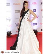 Beautiful Sonali Bendre in an Evening Dress by Manish Malhotra