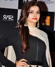 Prachi Desai in Indian Designer Tarun Tahiliani at PoliceGiri Music Launch 2013