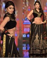 Shriya Saran in designer Shravan Kumar's  Black Lehenga