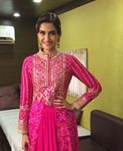Sonam Kapoor Wearing Anita Dongre on Jhalak Dikhhla Jaa | Sonam Kapoor Wearing Anita Dongre