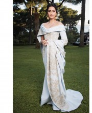Sonam Kapoor in Ralph and Russo and Kalyan Jewellers Earrings