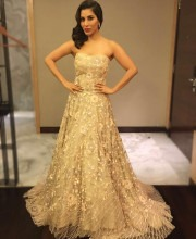 Sophie Choudry in a dress by Manish Malhotra