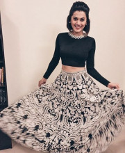 Tapsee Pannu in an Amazing monochrome Lehenga