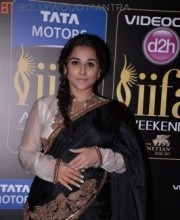 Bollywood Celebrity Vidya Balan Chooses Anand Kabra at IIFA 2013