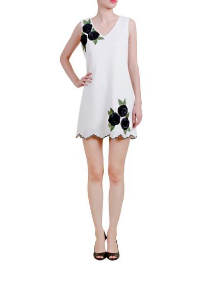 Indian Fashion Designers - Riddhi And Revika - Contemporary Indian Designer - White Scallop Hem Dress - RRI-AW16-DRS-WBFM