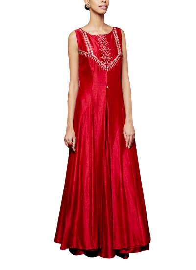 Indian Fashion Designers - Anita Dongre - Contemporary Indian Designer - The Anashwara Lehenga - AD-AW16-PH1-FW16RR062