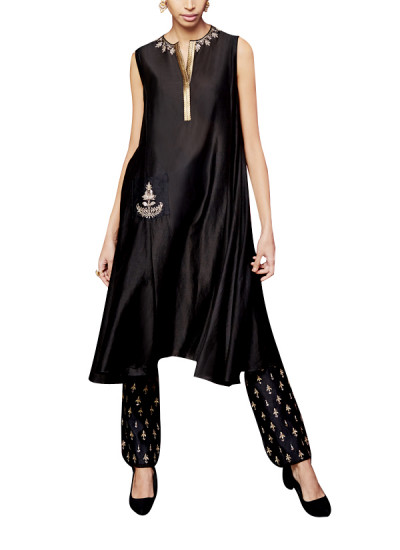 Indian Fashion Designers - Anita Dongre - Contemporary Indian Designer - The Kamna Black Suit - AD-AW16-PH3-FW16RR017A