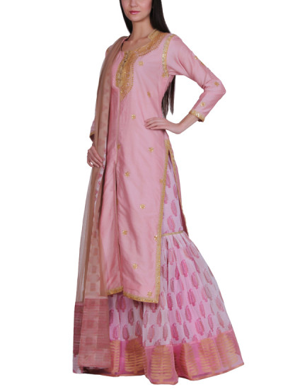 Indian Fashion Designers - Bodhitree - Contemporary Indian Designer - Rosa Salwar Suit - BDT-AW17-BDTR015301